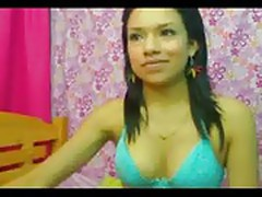 Sexy Latina Masturbates On Webcam