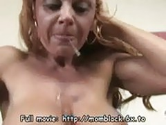 Mature mom used by blacks