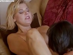 Amy Lindsay gets her blonde pussy licked and eaten