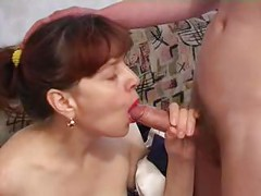 Mature ledi fucks her young son<br>